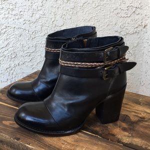 Freebird Lion Black Distressed Leather Boots 9